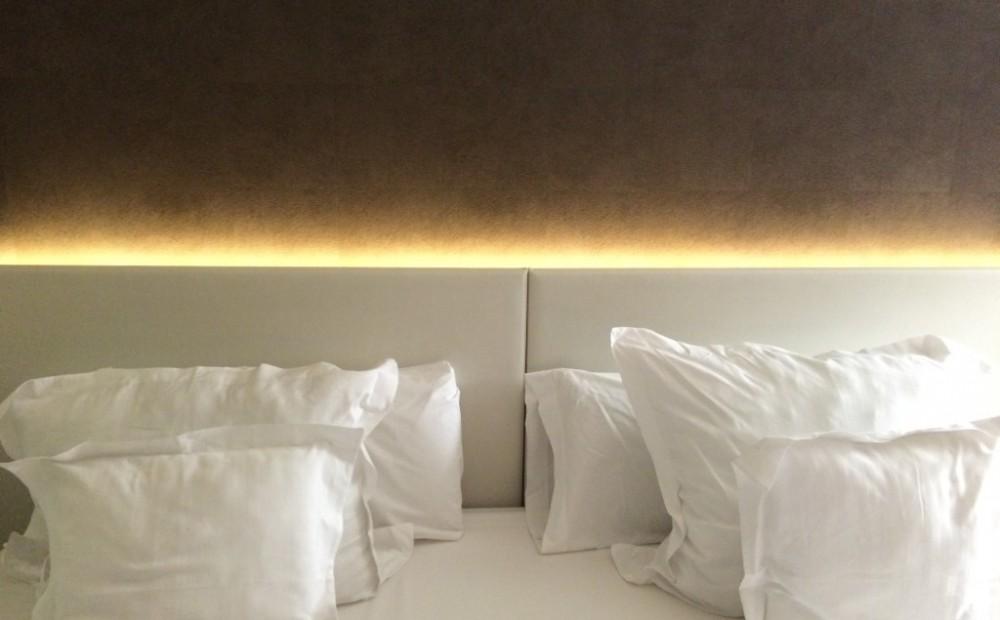 weisheiten wie sie ihr bett richtig aufstellen ich weiss. Black Bedroom Furniture Sets. Home Design Ideas