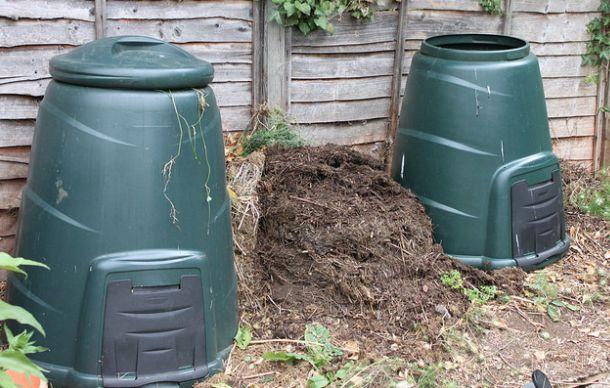 Im Herbst sammelt sich viel verwertbares Material an für Komposter (Foto: Tejvan Pettinger/flickr/CC BY 2.0)